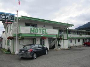 Bulkley Valley Motel, Мотели  New Hazelton - big - 16
