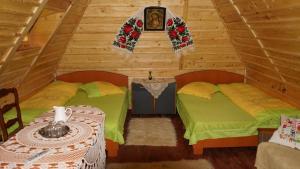 Accommodation in Rohia