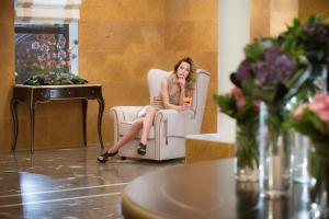 Bella Beach Hotel, Rezorty  Hersonissos - big - 16