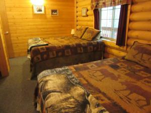 Box Canyon Cabins