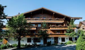 Garni Hotel des Alpes by Bruno Kernen - Gstaad
