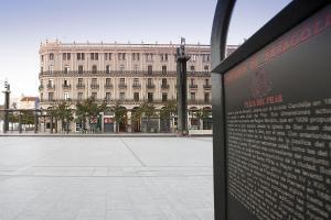Hotel Pilar Plaza, Szállodák  Zaragoza - big - 29