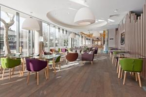 Hampton by Hilton London Waterloo (8 of 65)