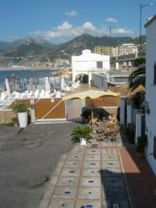 14 Leoni, Bed & Breakfasts  Salerno - big - 47