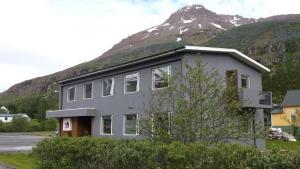 Post-Hostel - Seyðisfjörður