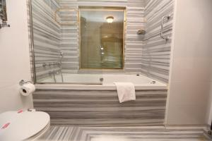 Rose Garden Suites, Hotely  Istanbul - big - 92
