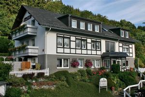 Landhaus Pension Voß, Affittacamere  Winterberg - big - 1