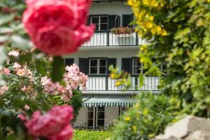 Garden-Hotel Reinhart, Hotely  Prien am Chiemsee - big - 1