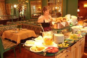 Garden-Hotel Reinhart, Szállodák  Prien am Chiemsee - big - 36