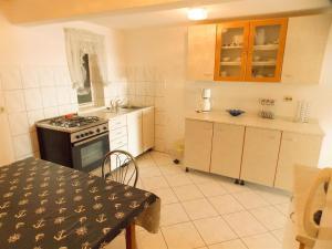 Apartments Tona, Apartmanok  Novalja - big - 78