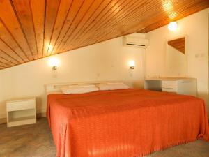 Apartments Tona, Apartmanok  Novalja - big - 100