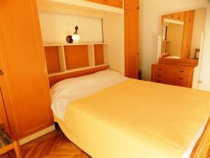 Apartments Tona, Apartmanok  Novalja - big - 101