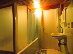 Apartments Tona, Apartmanok  Novalja - big - 106