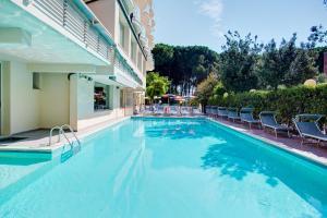 Hotel Everest - AbcAlberghi.com