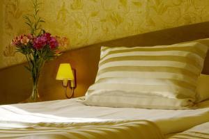 Triada Hotel