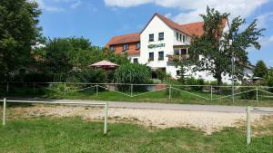 Landhotel GROBER's Reiterhof - Laucha