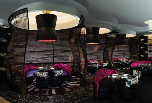 Caesars Palace Las Vegas Hotel and Casino (38 of 109)