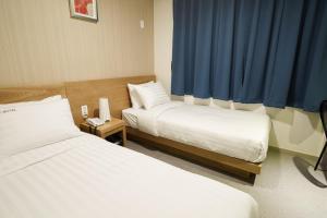 Top Hotel & Residence Insadong, Апарт-отели  Сеул - big - 20