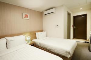 Top Hotel & Residence Insadong, Aparthotely  Soul - big - 31