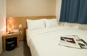 Top Hotel & Residence Insadong, Апарт-отели  Сеул - big - 4