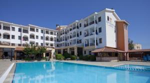 Episkopiana Hotel & Sport Resort, Hotely - Episkopi Lemesou