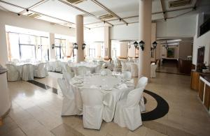 Episkopiana Hotel & Sport Resort, Hotely  Episkopi Lemesou - big - 13