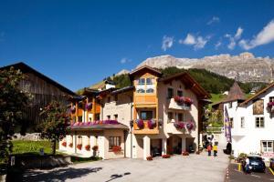 Hotel Garnì Laura - AbcAlberghi.com