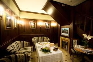 Отель Эрмитаж. Приют отшельника