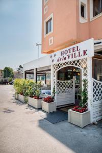 Hotel De La Ville - AbcAlberghi.com
