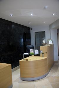 Blackbull hotel - Annbank Station