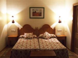 Double or Twin Room Hotel Turrull