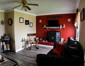 Mama`s By The Sea B&B, Bed and Breakfasts  Clark's Harbour - big - 28