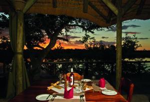 Lianshulu Lodge, Chaty v prírode  Luzibalule - big - 20