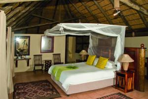 Lianshulu Lodge, Chaty v prírode  Luzibalule - big - 12