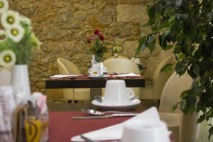Ambrosia Hotel & Suites, Афины