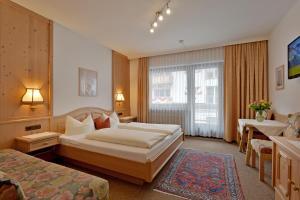 Hotel Garni Jennewein - Mayrhofen
