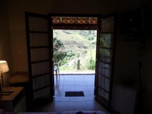 Pousada Canto do Lago, Гостевые дома  Пиракая - big - 5
