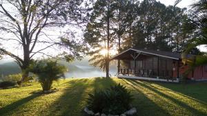 Pousada Canto do Lago, Guest houses  Piracaia - big - 57