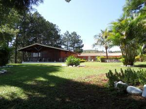 Pousada Canto do Lago, Гостевые дома  Пиракая - big - 105