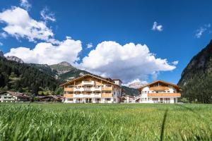 Golden Park Resort - Hotel - Campitello di Fassa