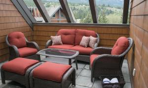 Canmore Hotels
