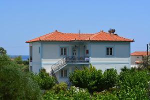 Hostels e Albergues - Troumpas Family Rooms & Apartments