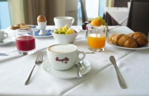 Club Azzurro Hotel & Resort, Szállodák  Porto Cesareo - big - 45