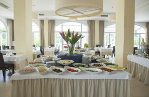 Club Azzurro Hotel & Resort, Szállodák  Porto Cesareo - big - 57