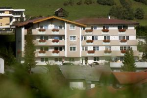 Apart-Pension Bergland - Hotel - Ladis