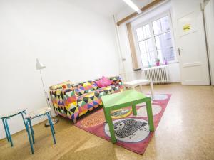 Хостел Dizzy Daisy Hostel, Прага