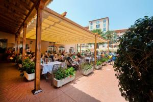 Bahía Tropical, Hotels  Almuí±écar - big - 37