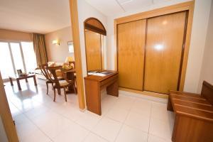 Bahía Tropical, Hotels  Almuí±écar - big - 36