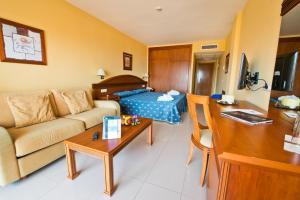 Bahía Tropical, Hotels  Almuí±écar - big - 40