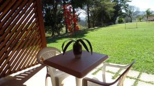 Pousada Canto do Lago, Гостевые дома  Пиракая - big - 13